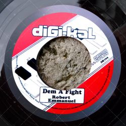 Robert Emmanuel - Dem A Fight